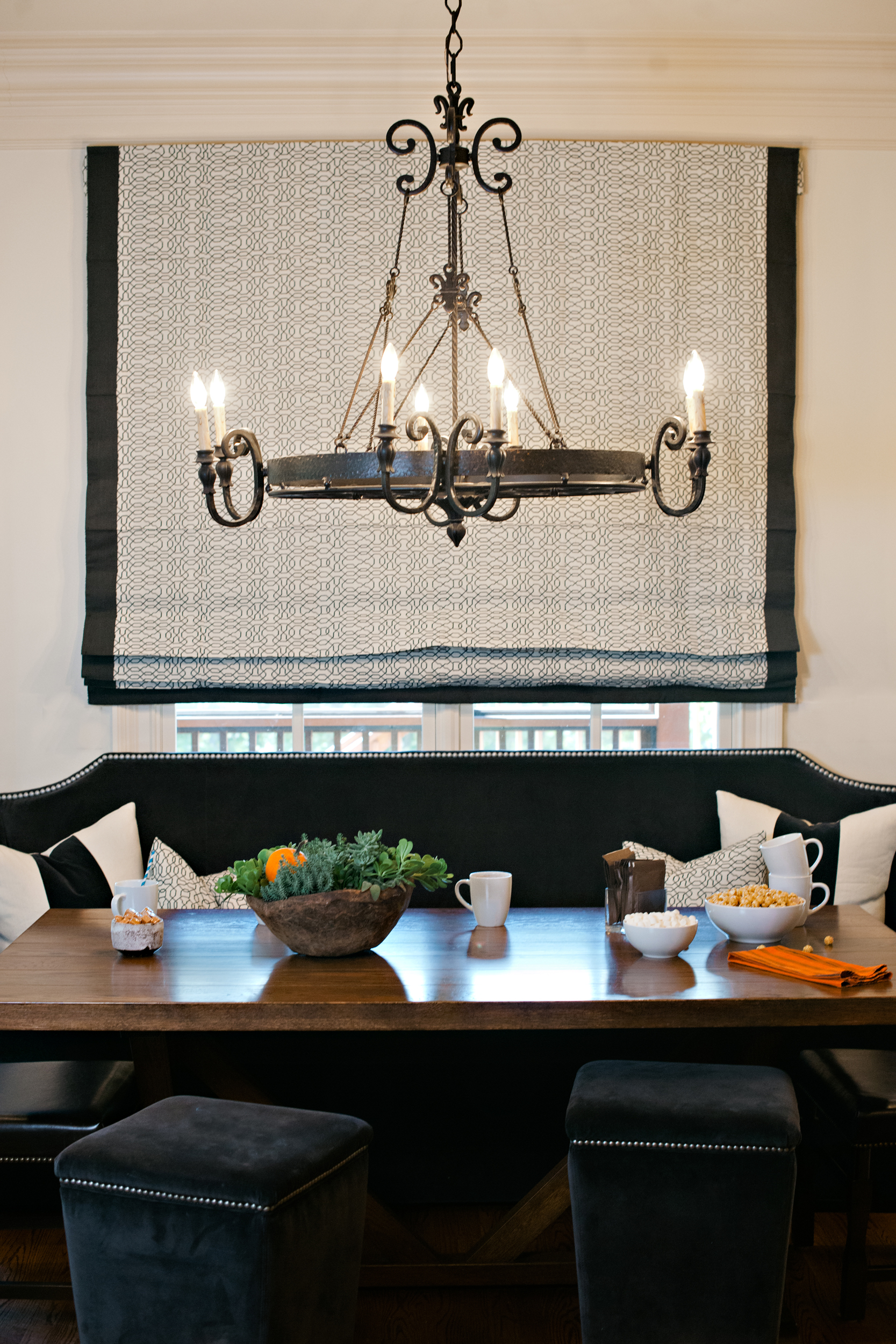 Kitchen Banquette for Family with 2 Boys and 2 Dogs Image Credit: Graham Yelton