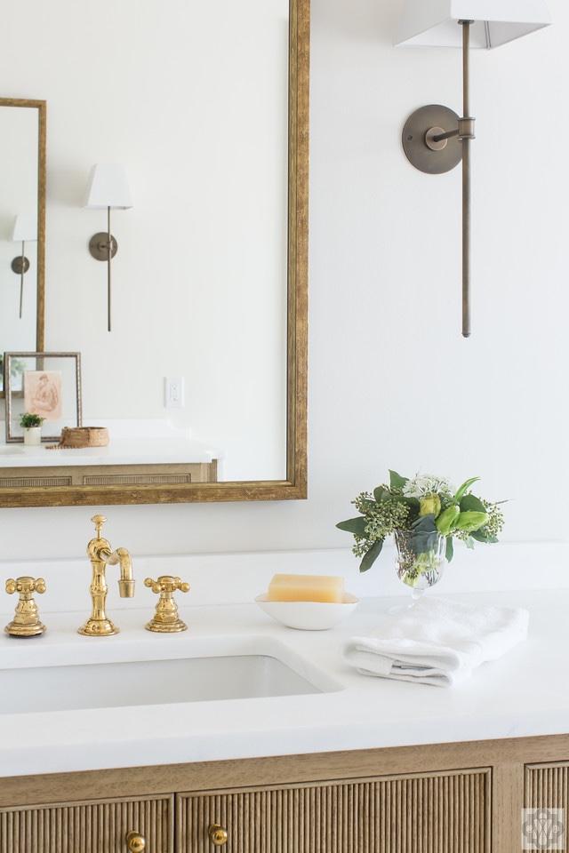 Where to hang a mirror