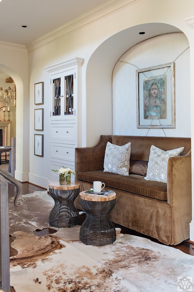 How to create an inviting foyer